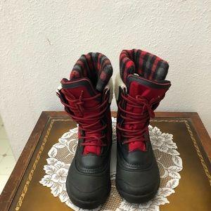 New kamik snowboots